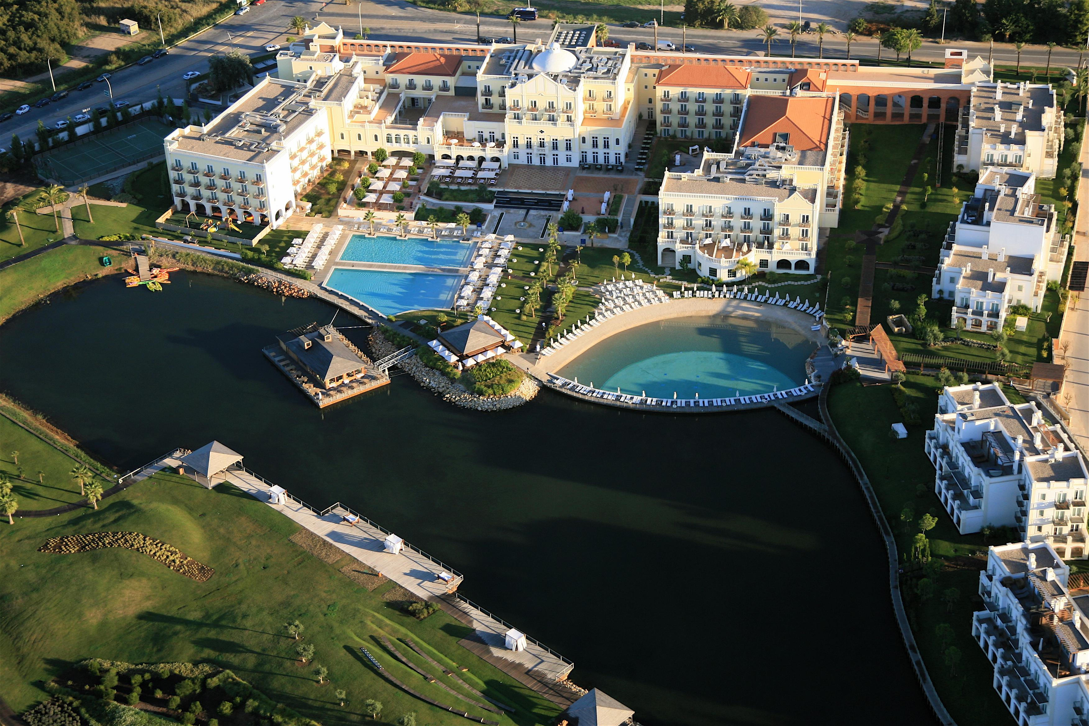 cazare la The Lake Spa Resort