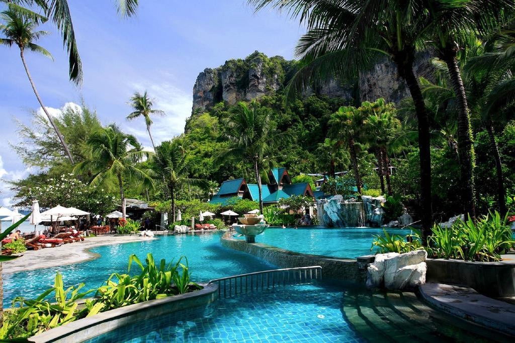 cazare la Centara Grand Beach Resort & Villas Krabi