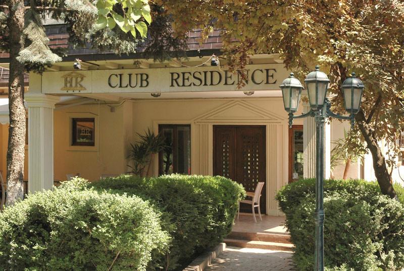 cazare la Residence Club La Conac