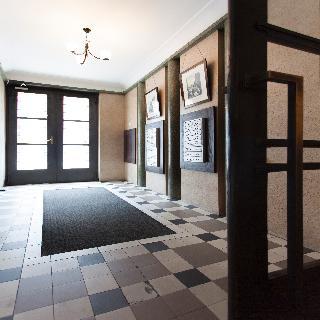 cazare la Daniel Griffin Aparthotel By Artery Hotels