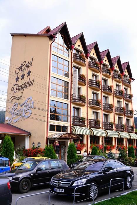cazare la Hotel Dragului