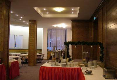 cazare la Hotel Poiana