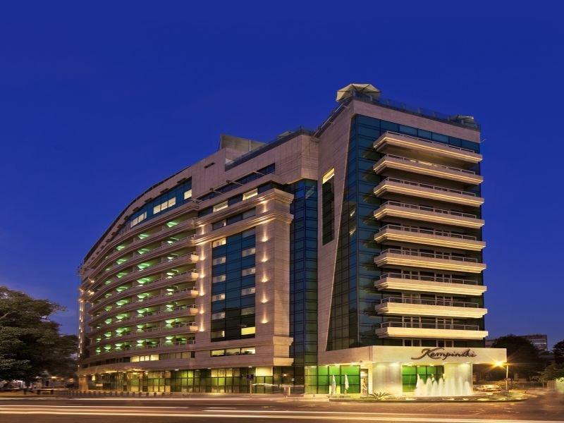 cazare la Kempinski Nile Hotel Garden City Cairo