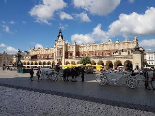 cazare la Hotel 32 Krakow Old Town