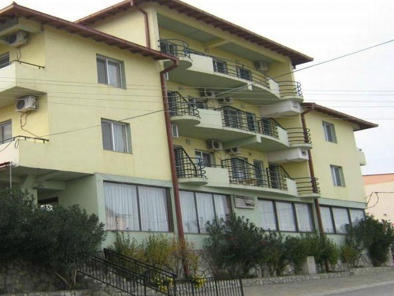 cazare la Istatov Hotel