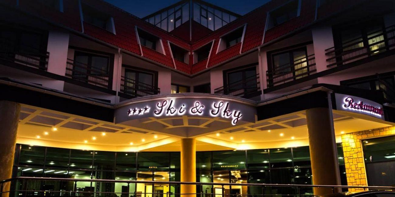 cazare la Hotel Ski & Sky