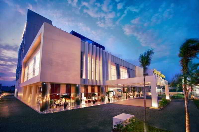 cazare la Atria Hotel Malang