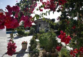 cazare la 5 Br Villa Mazeri - Chg 8902