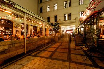 cazare la Budapest Kazinczy Hostel