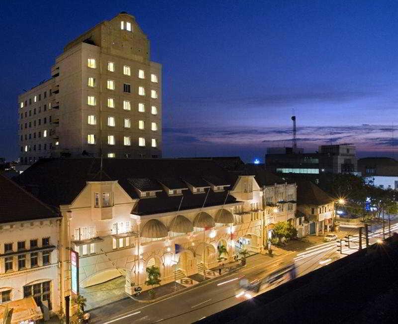 cazare la Arcadia Hotel
