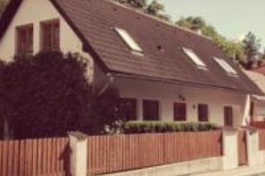 cazare la Happy Memories Guest House