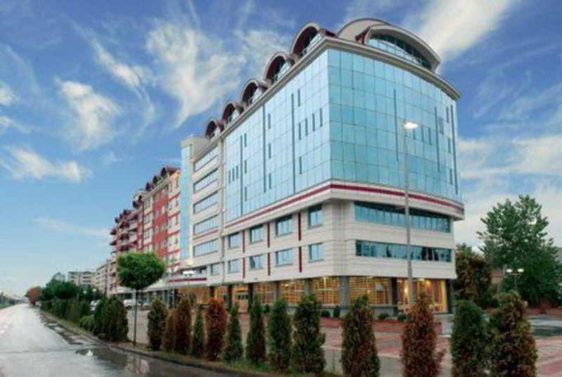 cazare la Tcc Grand Plaza Hotel