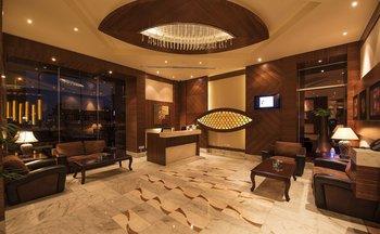 cazare la Emirates Grand Spa