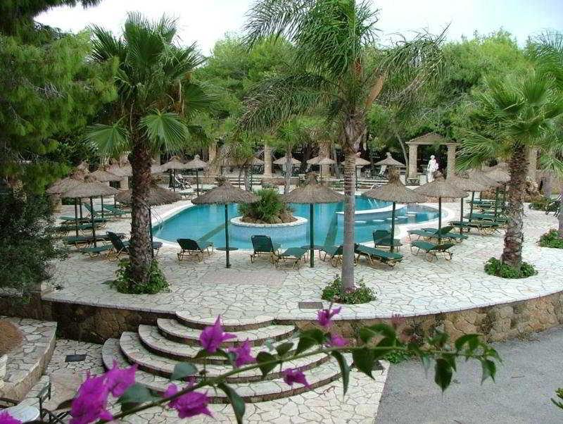 cazare la Hotel Vassilikos Beach