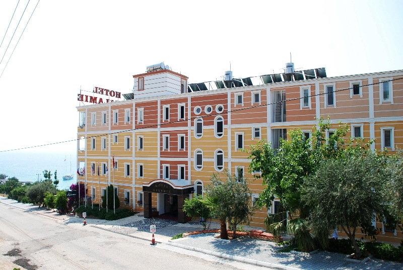 cazare la Hotel Calamie