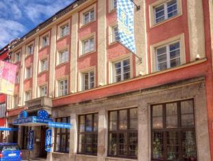 cazare la Euro Youth Hotel