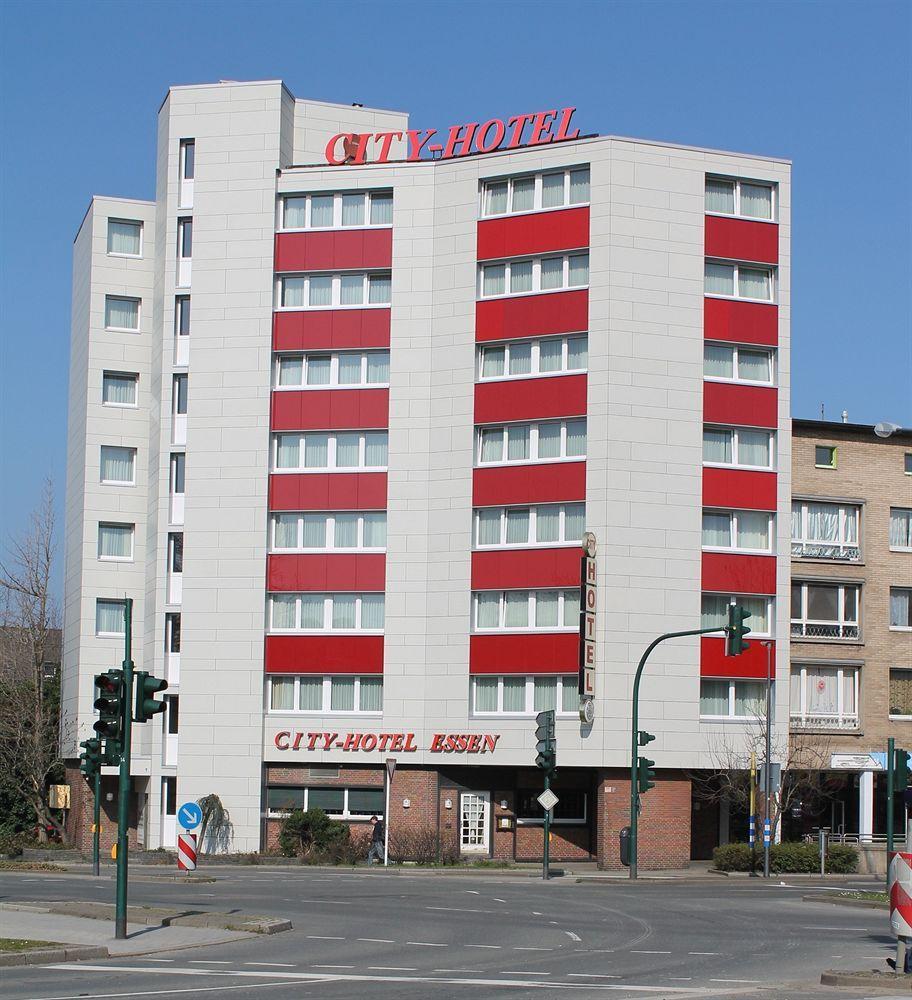 cazare la City Hotel