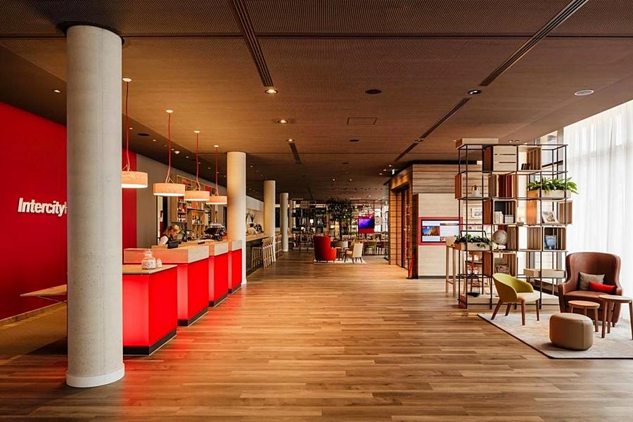 cazare la Intercityhotel Duisburg