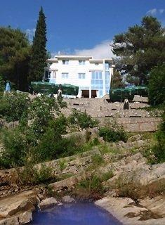 cazare la Ambasador Hotel Podgorica