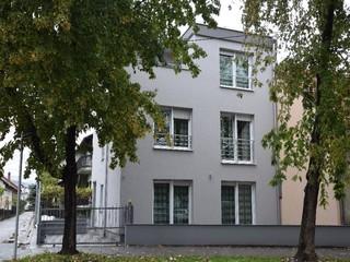 cazare la Lux Apartments La Zeta