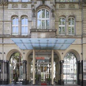 cazare la Intercityhotel Düsseldorf