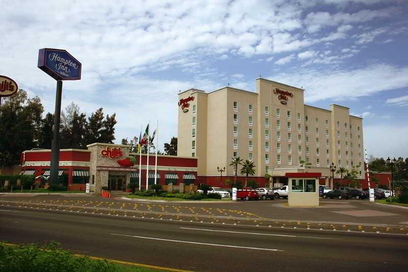 cazare la Hampton Inn Guadalajara Aeropuerto