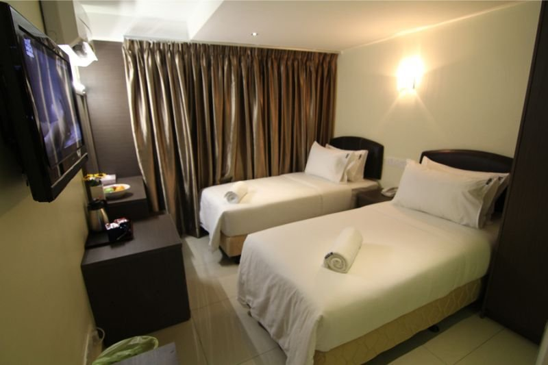 cazare la Sunbow Hotel Residency
