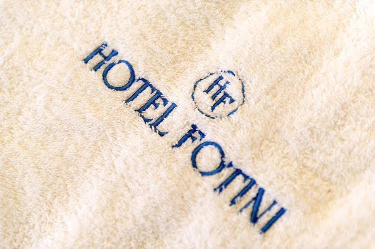 cazare la Hotel Fotini
