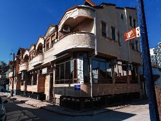 cazare la Apart Hotel Kalonis Skopje