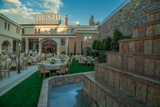 cazare la Bushi Resort & Spa