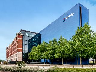 cazare la Travelodge Birmingham Fort Dunlop