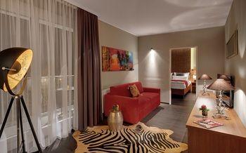 cazare la Amedia Luxury Suites
