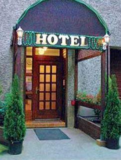 cazare la Hotel Adam