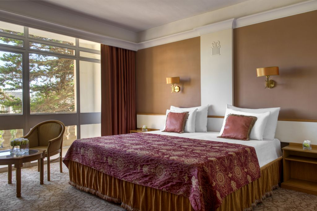 cazare la Hotel Corinthia Palace & Spa