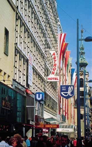 cazare la Hotel Nh Wien