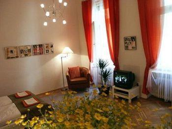 cazare la Golden Stars Deluxe Budapest Apartment