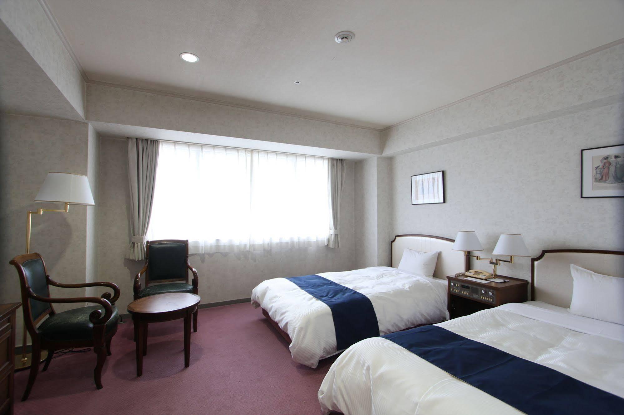 cazare la Ariston Hotel Kobe