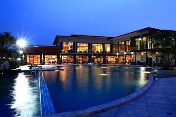 cazare la Prajaktra Design Hotel