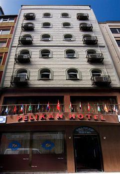 cazare la Pelikan Hotel