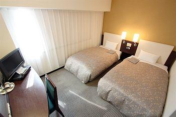 cazare la Takaoka Manten Hotel Ekimae