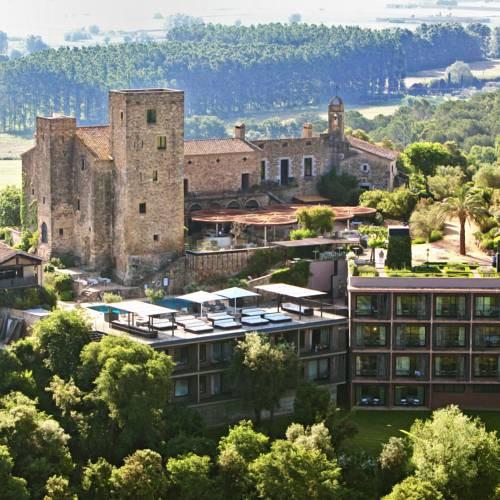 cazare la Hotel Castell D'emporda