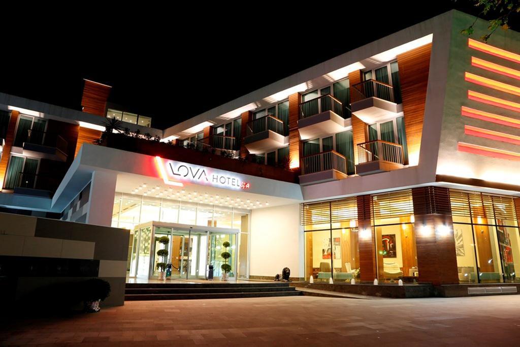 cazare la Lova Hotel  Spa Yalova