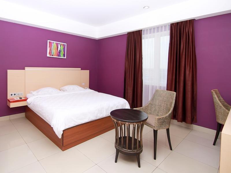 cazare la Borneo Hotel