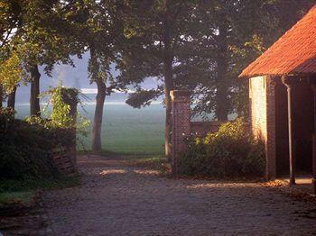 cazare la Hullebrug B&b (30 Km From Antwerp)