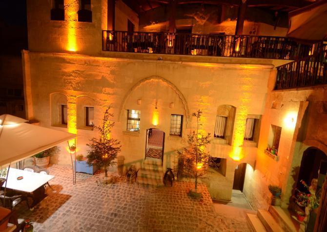 cazare la Abras Cave Hotel