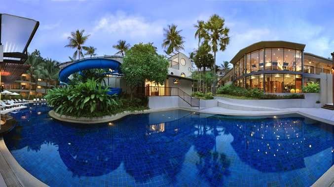 cazare la Hotel Double Tree By Hilton Phuket - Surin Beach