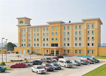 cazare la La Quinta Inn & Suites Poza Rica