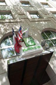 cazare la Holiday Inn Paris Gare Montparnasse