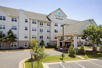 cazare la Hyatt House Herndon (40 Km From Washington Dc)