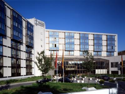cazare la Hilton Mainz